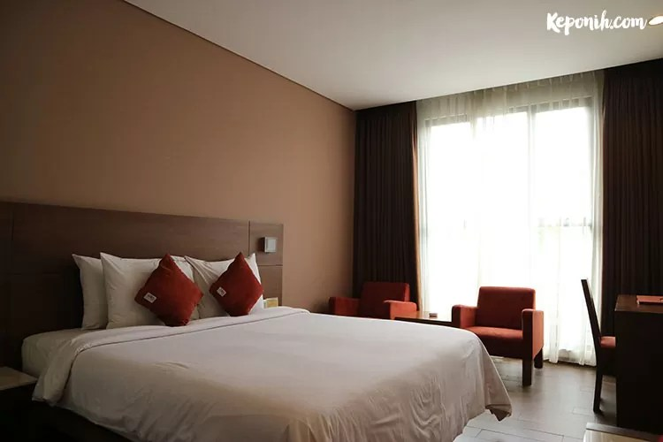 hemangini hotel bandung, travel blogger, staycation, superior room