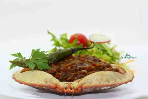 Crab Masala is a fragrant medley of spices and aromatics. It has a sweet and intense flavour. Seafood lovers dive right in and enjoy this exotic dish..