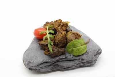 Keralas chicken liver fry / Chicken varattiyathu