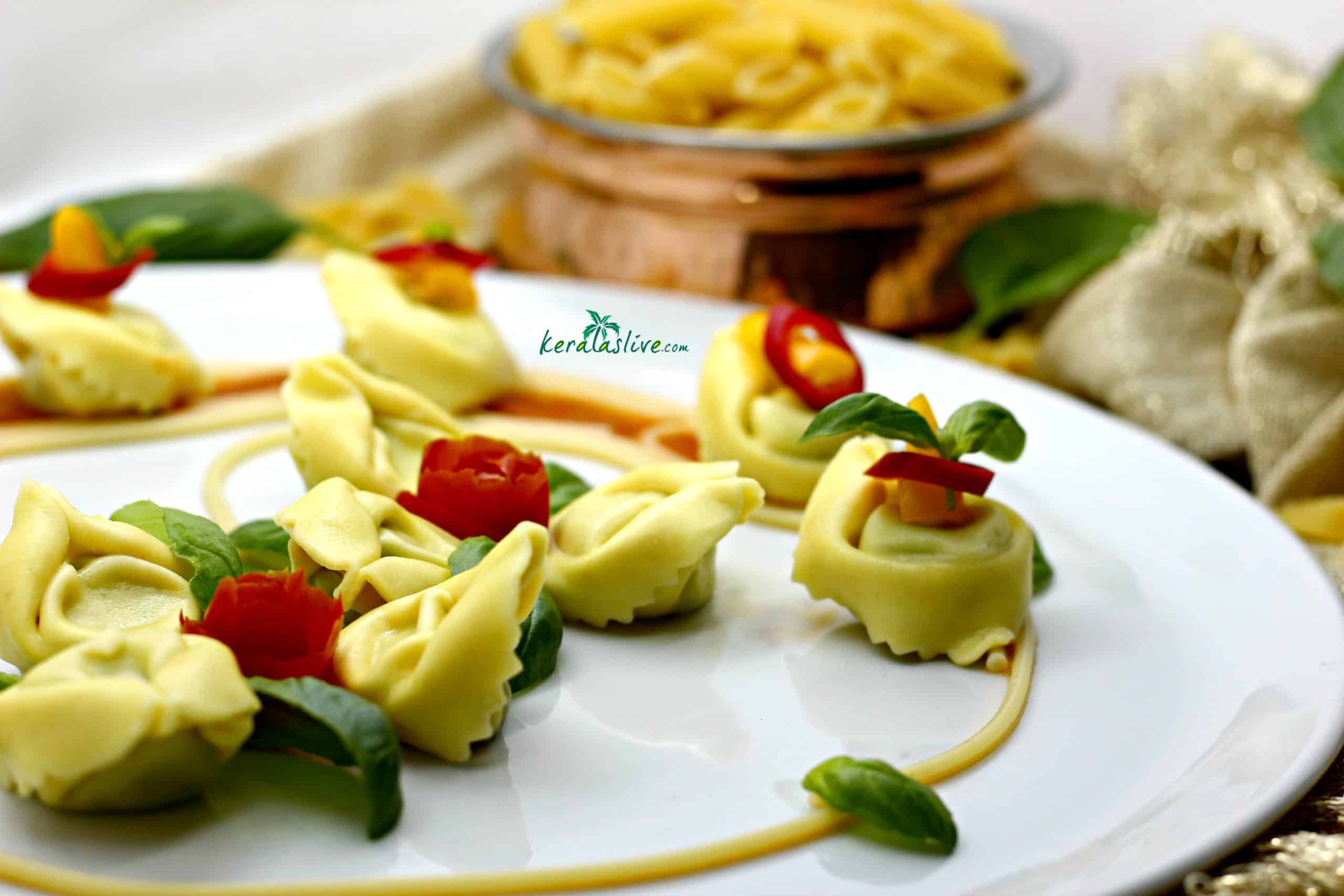 Ricotta spinach tortellini with Makhani sauce