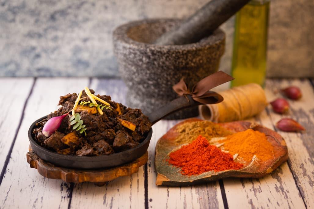 beef ularthiyathu in a pan