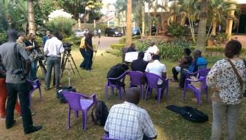 Auf der Pressekonferenz von Amama Mbabazi, 16.2.16