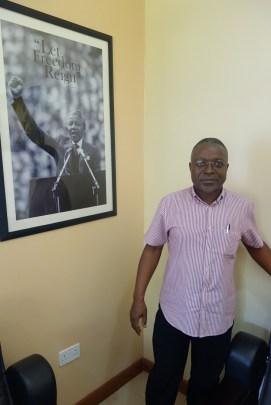 Dr. Peter Mwesige und Neslons Mandela