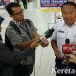 PT KAI Hadirkan Aksi Manusia Patung Pahlawan di Stasiun Gambir