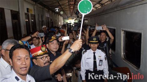 Hari Pahlawan, KAI Beri Promo Gratis Tiket Kereta Api untuk Veteran