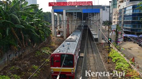 Stasiun Sudirman Baru - poskotanews.com