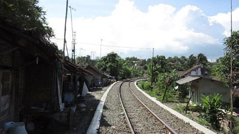 Jalur Kereta Rangkasbitung-Labuan - Maybi Prabowo