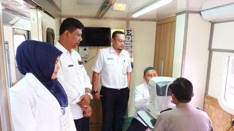 Layanan Kesehatan Gratis di Stasiun Labuan Medan - medan.tribunnews.com