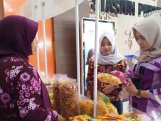 Bazar Produk UMKM di Stasiun Purwokerto