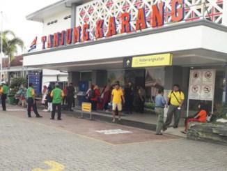 Suasana di Stasiun Tanjung Karang