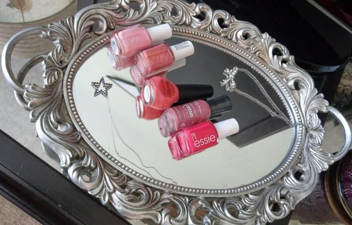 Ombre pink nail polish