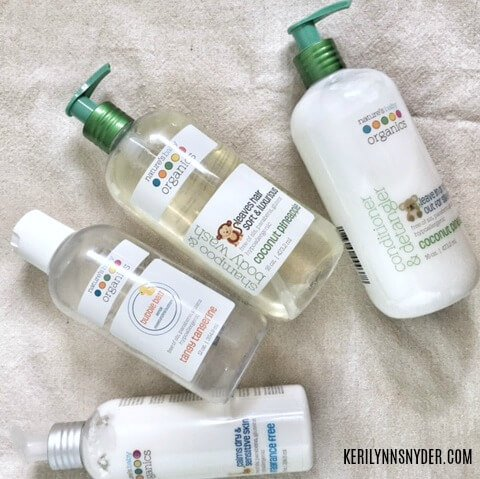 Bath time survival kit- tips for bath time with babies and toddlers