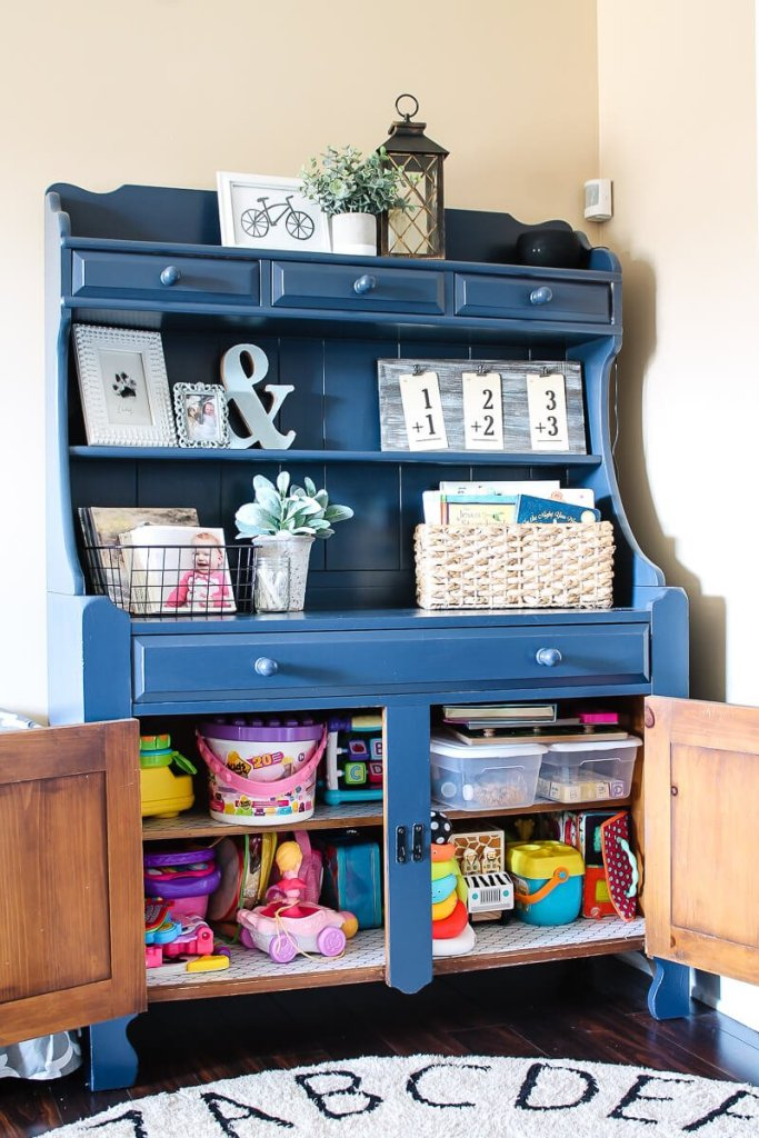 Clear the Clutter Challenge- Organizing without a playroom