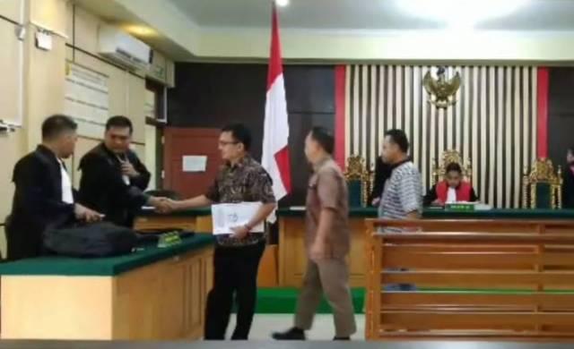 Photo of Eksepsi 3 Karyawan PT. WKS Ditolak JPU