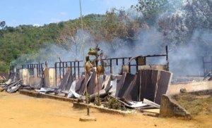 SDN 153 Raden Anom Sarolangun Terbakar