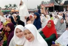 Photo of Pagi Ini UAS Ceramah di Lapangan Merdeka Sungai Penuh, Ribuan Jamaah Tumpah Ruah