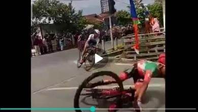 Photo of Video Detik-detik Jatuhnya Peserta TdS 2019 Etape 8 Sungai Penuh