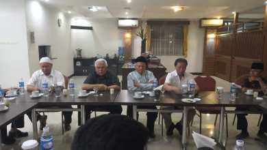 Photo of Mengusung DEJ Bertarung di Pilwako 2020, Begini Hasil Pertemuan Tokoh dan Adat 3D Di Bandung