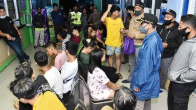 Photo of Operasi Pekat Jambi Amankan Satu Gadis ABG dan Enam Laki-laki di Kamar Hotel