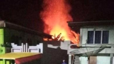 Photo of Satu Rumah Warga Gunung Tujuh Kerinci Dilalap Api