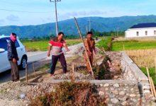 Photo of Wah!!! Warga Desa Dusun Baru Nekad Serobot Bahu Jalan Untuk Bangun Rumah
