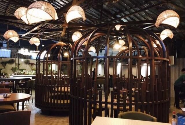 The Bar Stock Exchange, Malad West, Mumbai
