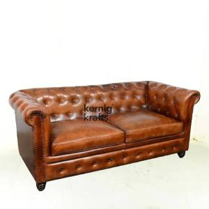 SOFA92343 Two Seater Leather Vintage Finish Chesterfield Sofa