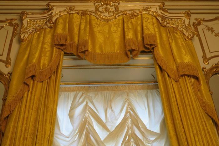 curtains - drapes -  room furniture - kernig krafts - bespoke