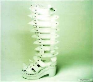 KISS boots