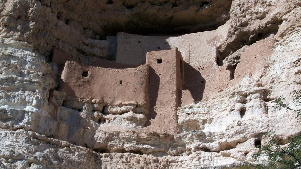 Montezuma's Castle close up.