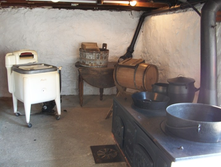 Amish kitchen, with gas appliances.