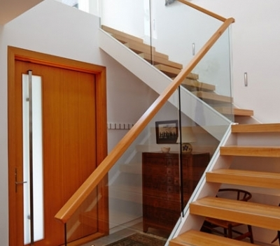 modern-staircase-vancouver
