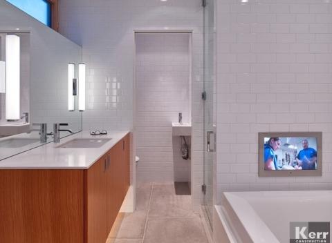 tv-in-bathroom