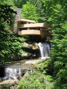 frank lloyd wright house on hill