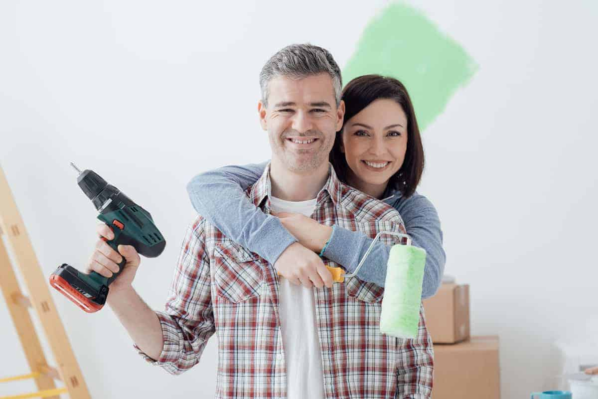 couple-doing-diy-home