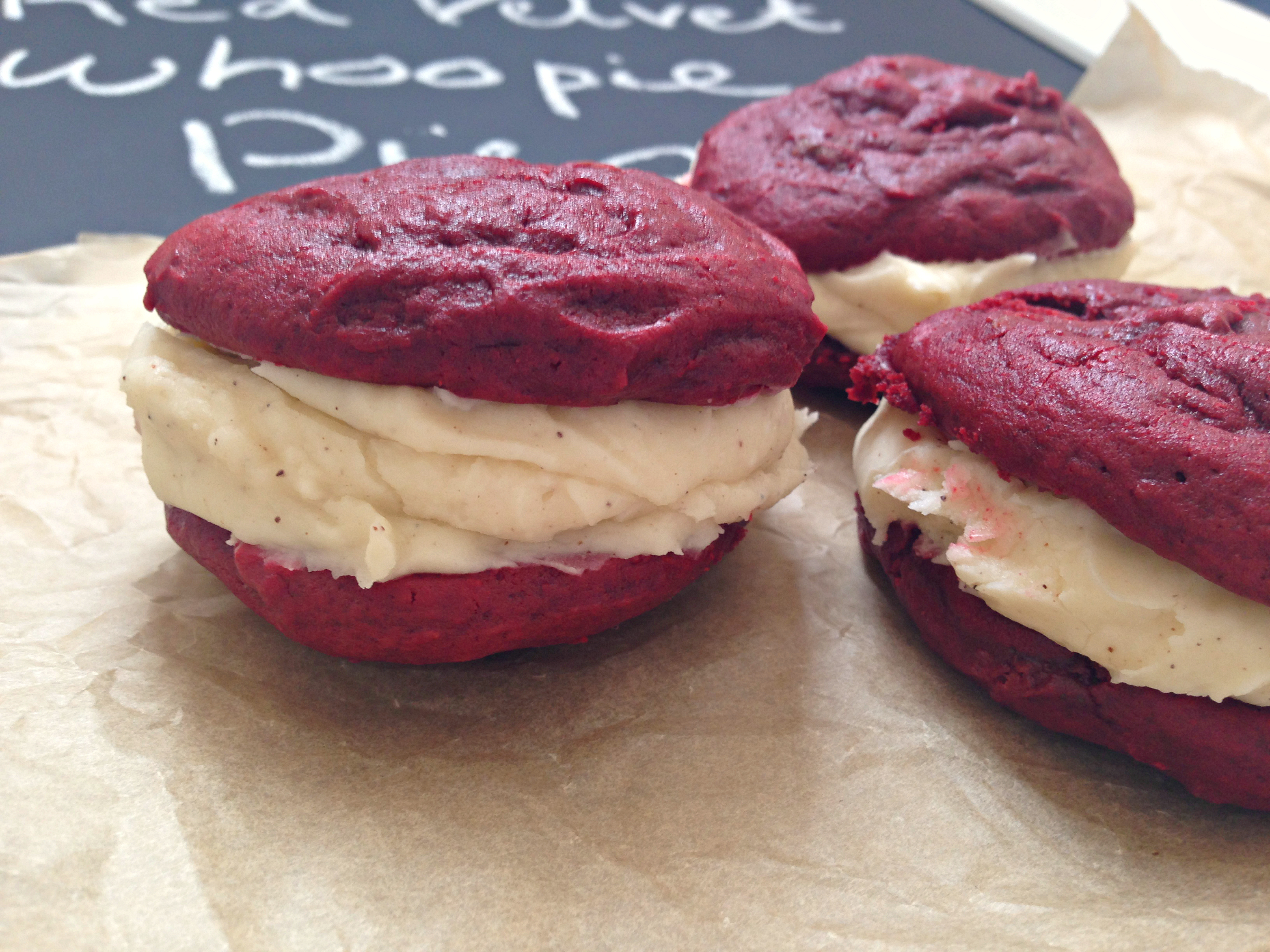 Red Velvet Whoopie Pies - sooooo GOOD! | kerrycooks.com