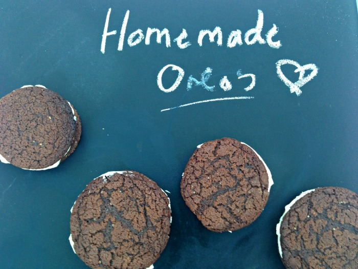 You've got to try these homemade Oreo's - so easy and you'll never want to eat a packaged one again!