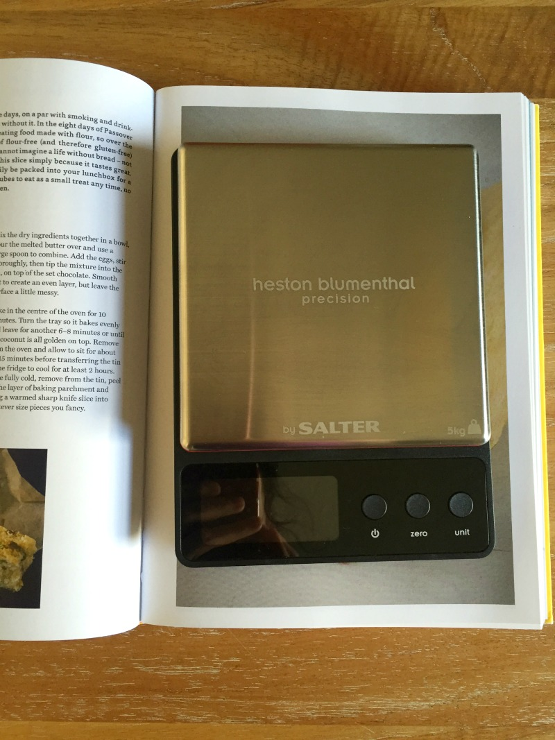 What's it like to use the Heston Blumenthal Precision Digital Kitchen Scales at home for baking and cooking? Read my short review for the pros and cons!