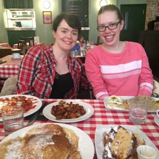 Review: Breakfast and Brunch at Annie's Burger Shack