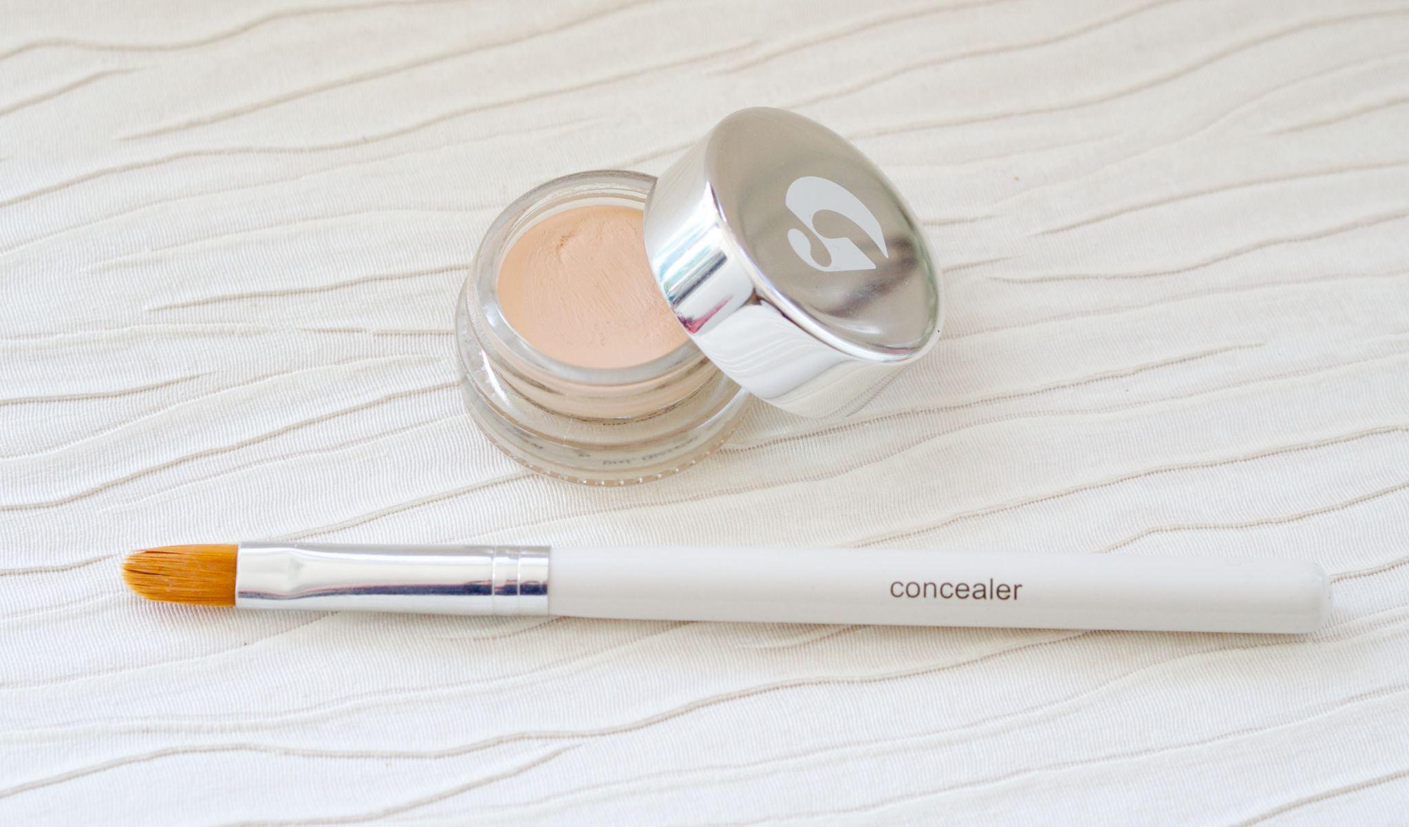 Glossier mini haul - stretch concealer