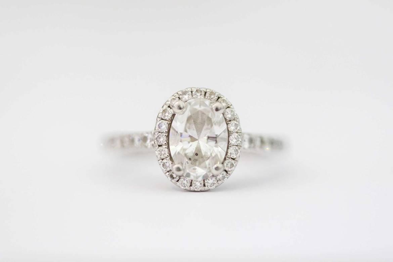 Amazing diamond engagement ring