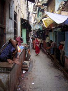 varanasi-india-asia-varanes-street-photography-kersz-85