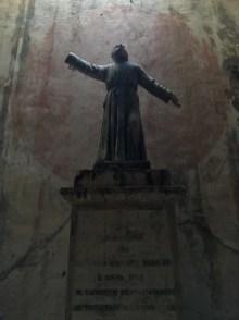 Cimitero delle Fontanelle di NapoliFontanelle Cemetery of Naples