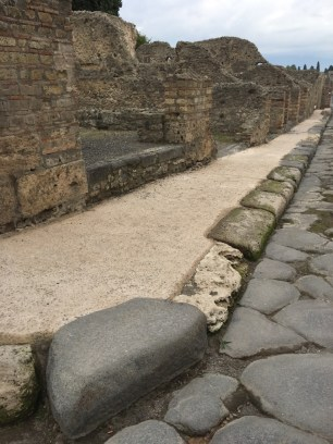 Pompeii Photos - Featured Images of Pompeii, Province of Naples