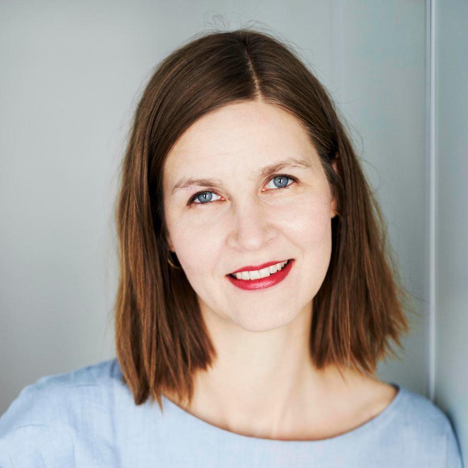 Kirjailija Laura Pörsti