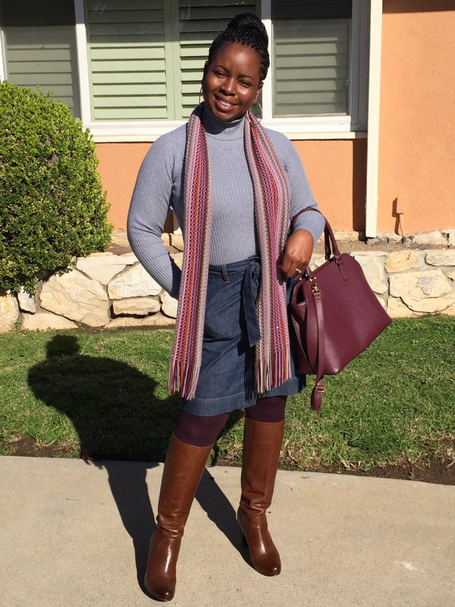 How To Wear A Denim Skirt In The Winter