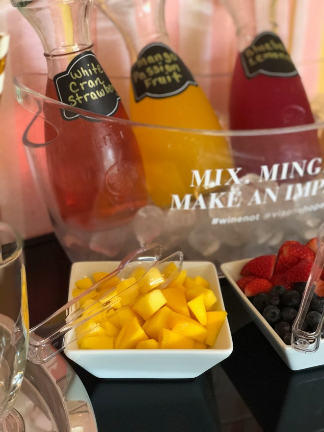 3 Steps To Make A Fabulous Mimosa Bar!