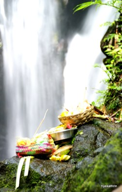 git-git-waterfalls-bali