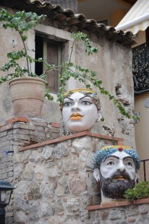 Taormina,poteries siciliennes