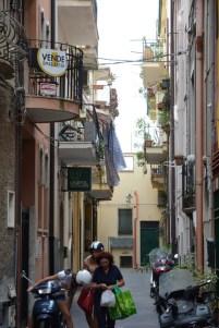 Taormina, ruelle aux petis balcons